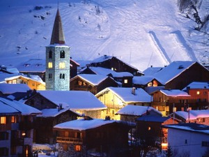 Val_d_isere_village__france